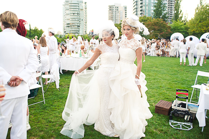 Diner En Blanc, Vancouver, Monti Samuel, Blush Bridal, Lara Holt-Taylor, Coco Events & Weddings, Daniella Guzzo Photography