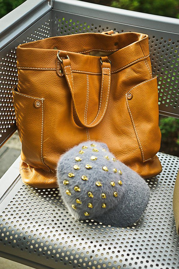 Pebbled Tote Bag, Winners, Angora Cap, Paris, Daniella Guzzo Photography