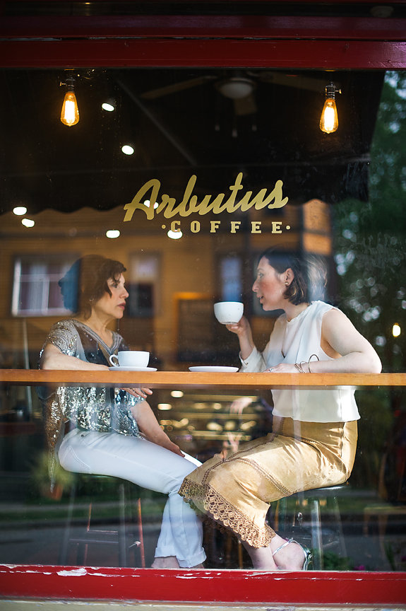 Mother's Day, Mother-Daughter Photo Shoot, Arbutus Coffee, Accessories, Winners, Daniella Guzzo Photography