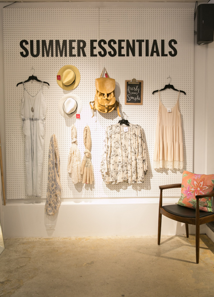 The Latest Scoop, Summer Essentials, Daniela Ciuffa Photography