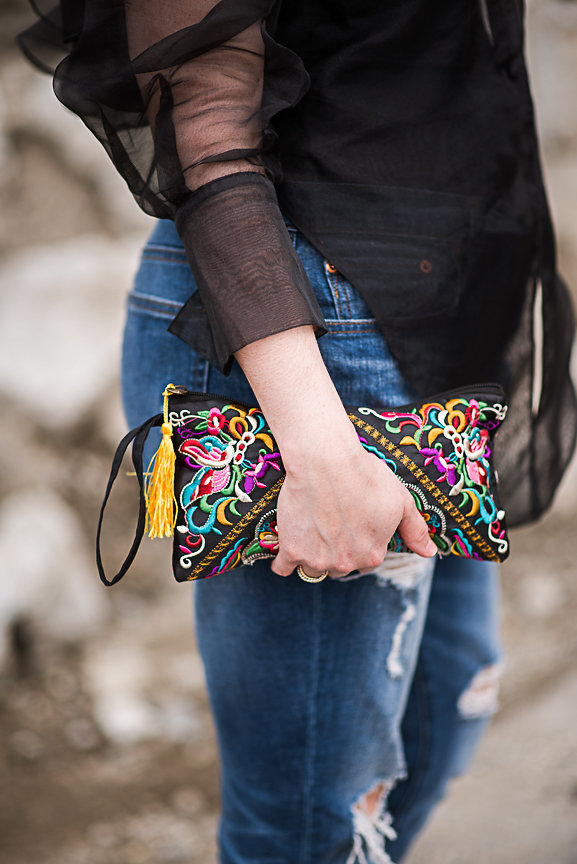 Nadia Albano, Daniella Guzzo Photograpjy, Gap, Value Village, Manolo Blahnik, New York City, Vintage Style, Concrete jungle, embroidered purse
